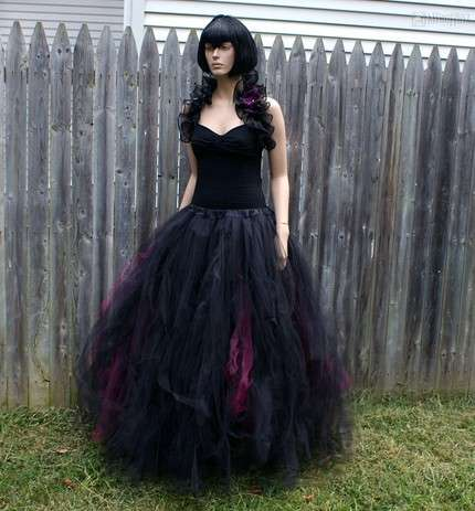 Vampire Wedding Gowns - Bella Would Look Swell in These MTcoffinzUnderground Looks
