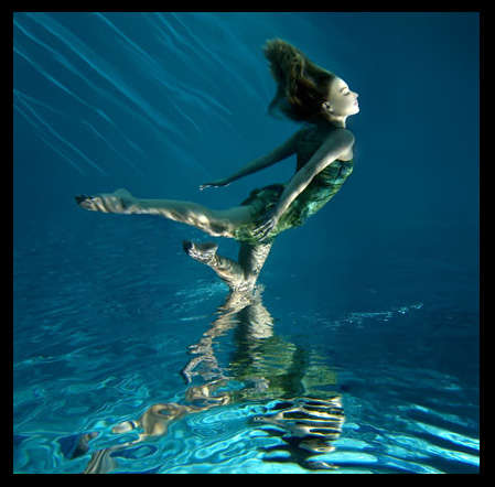 Underwater Dancetography - These Mark Mawson Photos Combine Grace and Art