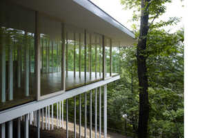 Secluded, See-Through Living in the Direction House by TNA