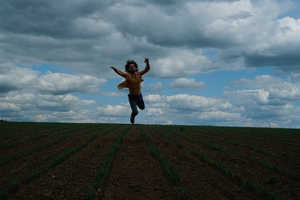 Luba Borzetsovskaya Makes Farming Fun in 'The Jumpers'