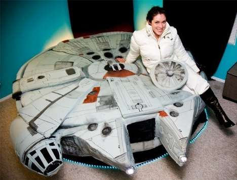 Sci-Fi Space Bedding - Star Wars Fan Builds Her Own Millennium falcon bed