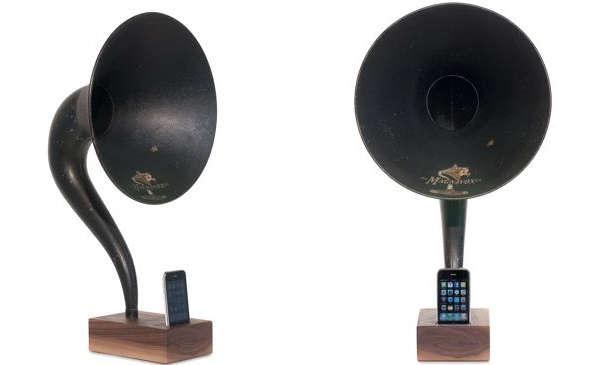 Retro Classic iPod Docks