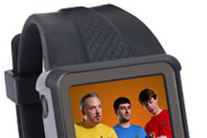 OLED Video Watch Gives You Entertainment on the Go