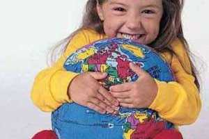 Hugg-A-Planet Helps Little Ones Learn About Maps