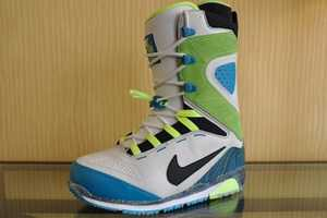 A Preview to the Nike Snowboarding 2011 Collection