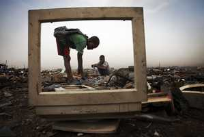 Andrew Mcconnell Shows Us the Sad Side of Electronic Waste