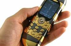 Blinged Out Mobiles - Goldvish Luxury Cell Phone is the Crown Jewel of Communication