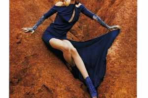 Harper's Bazaar Britain March 2010 Puts Dresses in the Sand
