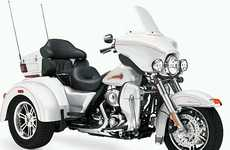 Classic Motorcycle Trikes - The 2010 Harley-Davidson FLHTCUTG Tri-Glide Ultra is One Badass Hog