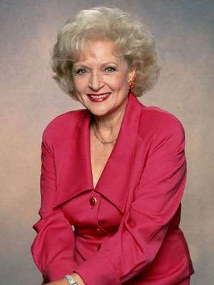 betty white snl movement