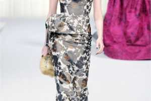 Oscar de la Renta Fall Winter 2010 RTW Hints at the Sea