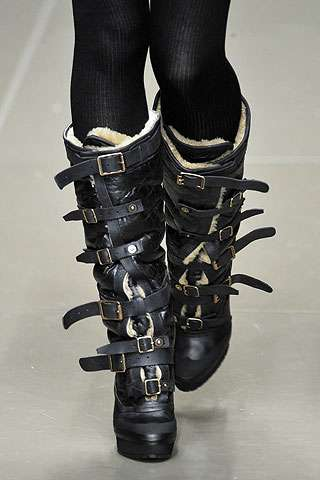 Straitjacket Buckle Boots - The Burberry Fall/Winter 2010 Shoes Are Heavy Duty Winter Wear