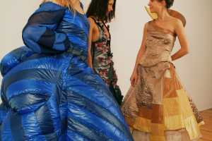 Valerie Lamontagne Creates Dresses That Change Based on Weather