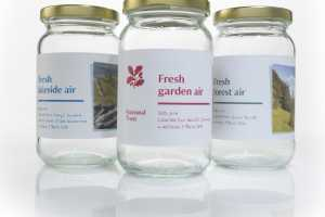 Jars of National Trust Fresh Air are Given to City Workers