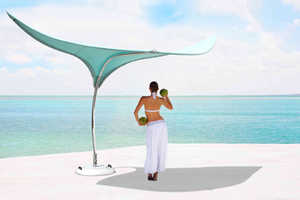 The Stingray Shade Sculpture Keeps You From Becoming a Lobster