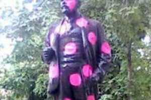 Vandalized Lenin Statues Cause Outrage and Laughs