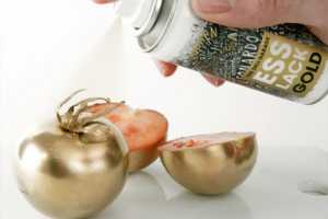 Trick Out Your Tomatoes with Edible Gold & Silver Paint by Esslack Food Spray