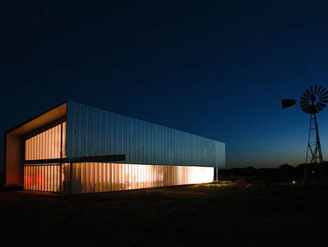 Misplaced Modern Architecture - Texas Studio and Loft for Kyle Farley by MJ Neal Architects