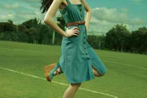 Elle Canada May 2010 Takes Casual Fashion to the Football Field