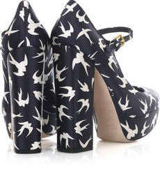 Sparrow print pumps