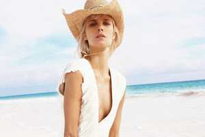 Vogue Mexico May 2010 Shows Off Sand, Sun & Fashion