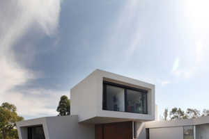 Andres Remy Architects' Casa Orquidea is a Modern Marvel