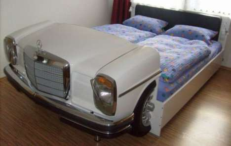 Mercedes Bed