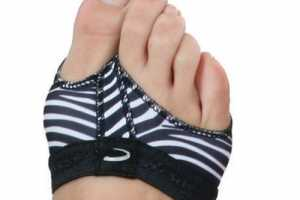 Capezio FootUndeez Keep the Balls of Your Feet Cushioned