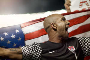 Show Your Football Fanaticism with the Nike US 2010 Home Kit