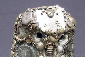 Joe Pogan Creates Metal Animal Sculptures from Nails and Locks