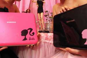Korea Launches the Pretty-in-Pink Samsung X170 Barbie Edition Laptop