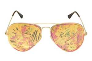 Iconic Shades Get a Modern Touch for Ray-Ban Summer 2010