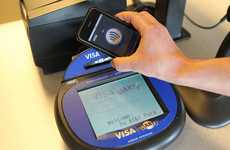 Credit Card Phones - The iPhone In2Pay Case Acts as a Visa Card