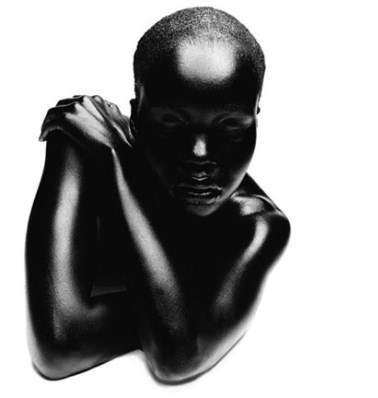 Ebony Soultography - Photographer Thierry Le Goues Embraces Contrast
