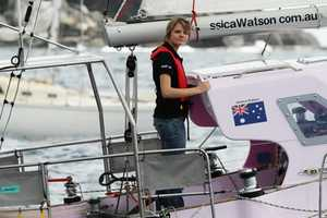 16-Year-Old Jessica Watson Travels the World in Sail Boat