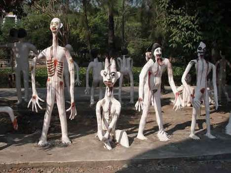 Demonic Attractions - Shocking Wat Phai Rong Wua Attraction is Not for the Faint-Hearted