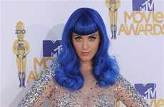 Haute Smurf Hairstyles - Katy Perry's Blue Wig at the MTV Movie Awards is Show-Stopping
