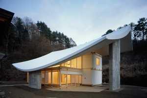A Buddhist Retreat by Katsuhiro Miyamoto and Associates