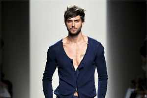 Bottega Veneta Spring 2011 Shows Coordinated Menswear at Milan Fashion Week