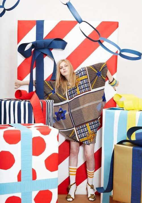 Gift-Wrapping Fashion
