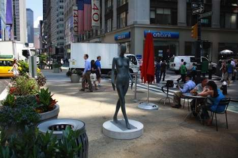 Naked Mannequin Shockvertising - The 'Sidewalk Catwalk Exhibit' in NYC Wants to Keep it Local
