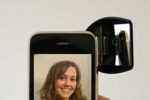 The iSnapMe Makes Cell Phone Self-Shots Easier
