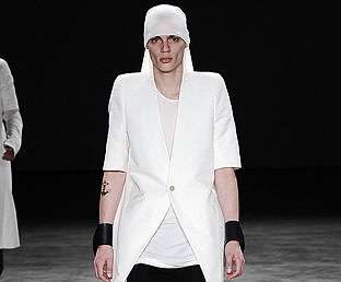 Men's Veils - The Cyborg-esque Rick Owens Spring 2011 Menswear Collection