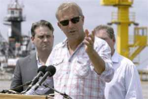 Kevin Costner's Oil-Water Separators to Go to Gulf