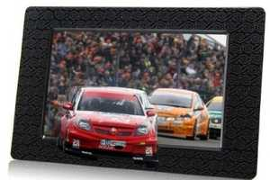 The Aiptek 3D Picture Frame Shows Photos in Three Glorious Dimensions