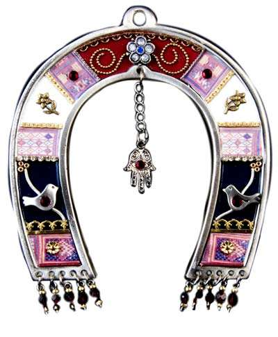 Horseshoe Amulet Decor - Amuletgifts.Com Offers Good Luck Charms for Your Wardrobe and Home