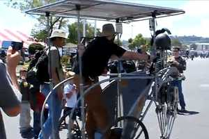 Bob Schneeveis' Solar-Powered Walking Chariot at the 2010 Maker Faire