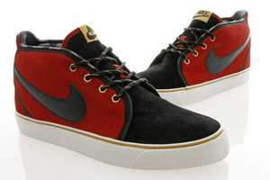 Nike Toki ND Varsity Red/Black are for the Fashionable Football Player