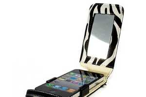 The Shine iPhone 4 Case Lets You Primp Wherever You Are