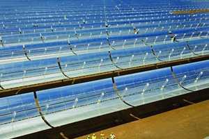 Molten Salt Solar Heat Storage Helps Generate Electricity 24/7 in Sicily